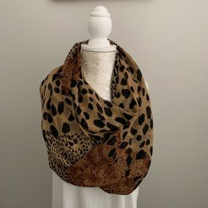 Accessories - Light-weight Leopard Print Infinity Scarf
